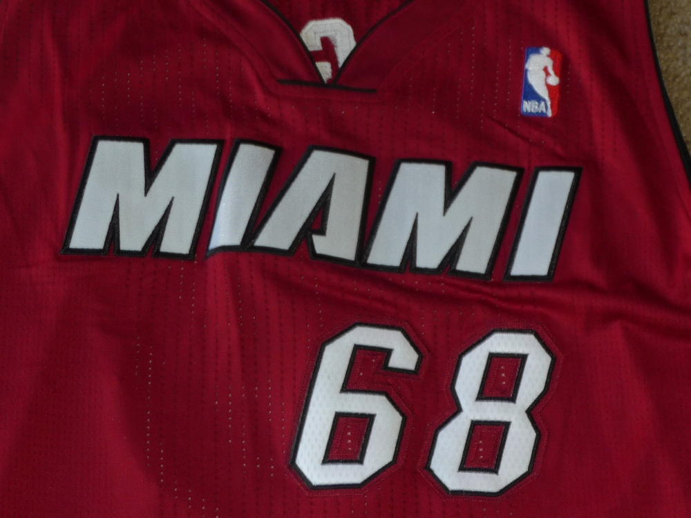 official photos d1c07 3708d Details about 2010 RICHIE INCOGNITO DOLPHINS MIAMI HEAT CUSTOM MADE HEAT  JERSEY FROM THE HEAT